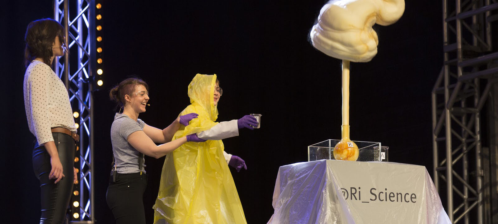 Natasha performs the Elephant's Toothpaste Experiment at Big Bang 2018